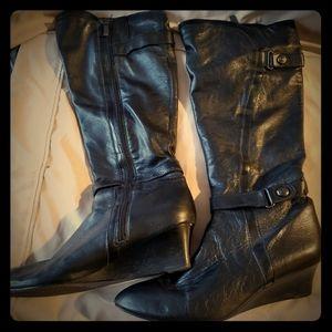 Joan & David circa black leather wedge boot